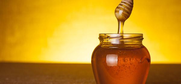 パックにも使える!?ハチミツが持つ美容・健康効果