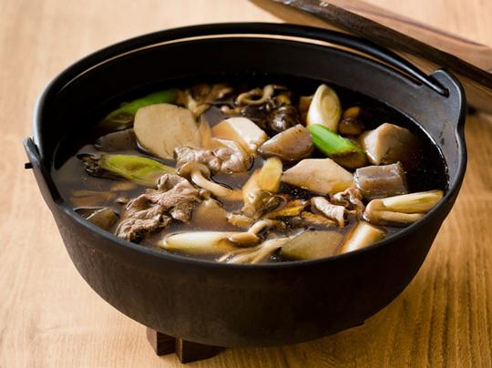 山形の郷土料理「芋煮」 イメージ